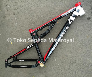 Frame Alloy Fulsus United Dominate 411 XC BlackRedWhite