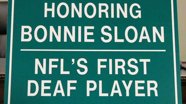 1st deaf NFL player Bonnie Sloan honored