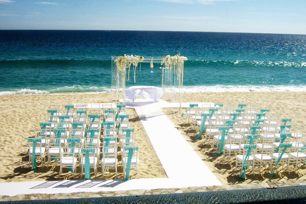 Gazebo Wedding Decoration ideas on the Beach