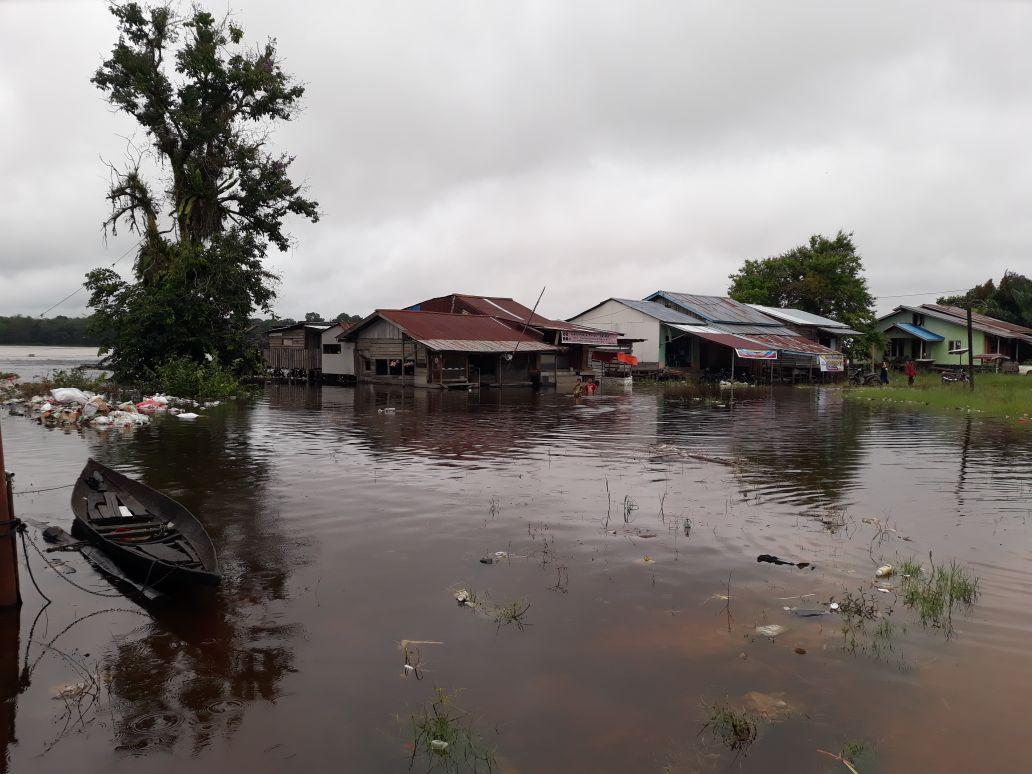 Kapolsek Belitang monitor Warga Terkena Dampak Banjir