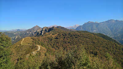 Walking north from Pizzo di Spino.