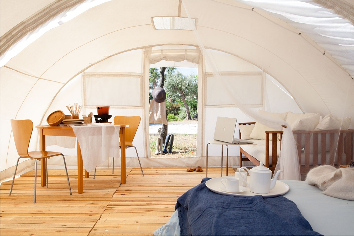Ctents, luxury tent plenty of free space inside