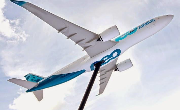 Airbus prevé una alta demanda de su modelo A330neo que tiene un consumo de combustible 14% inferior por asiento, menor peso en fuselaje y alas, y es más aerodinámico. Su primera entrega será en 2017. (Foto: Airbus)