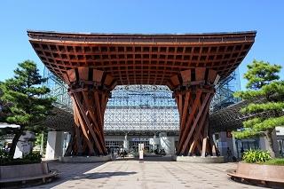 鼓門(金沢駅)