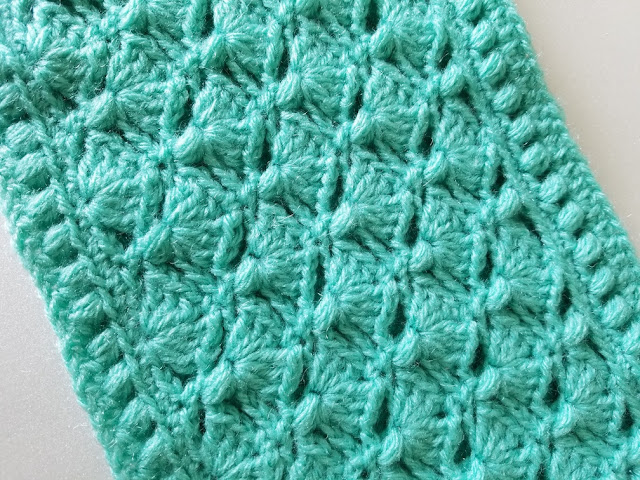 Puff and shell cowl