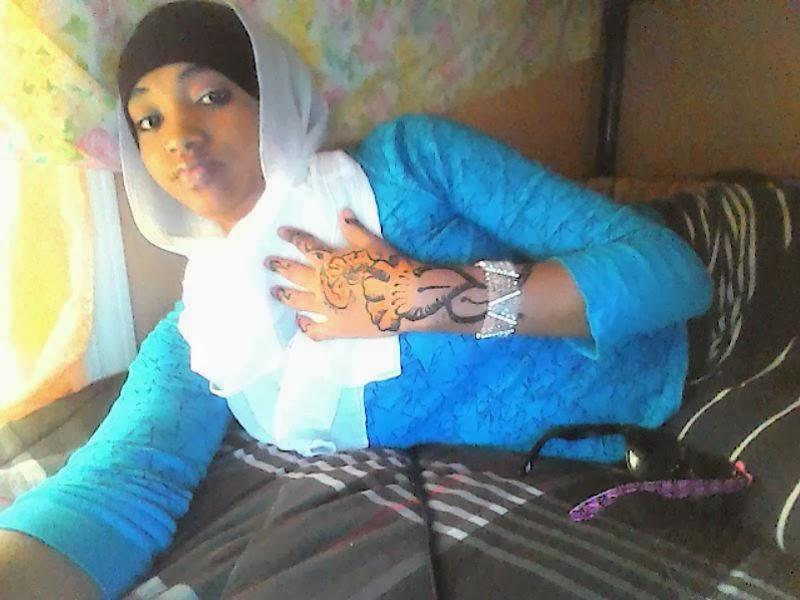 Naag Somali Ah Oo Qaawan