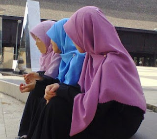 8 Keutamaan Dalam Berjilbab / Hijab Dalam Islam