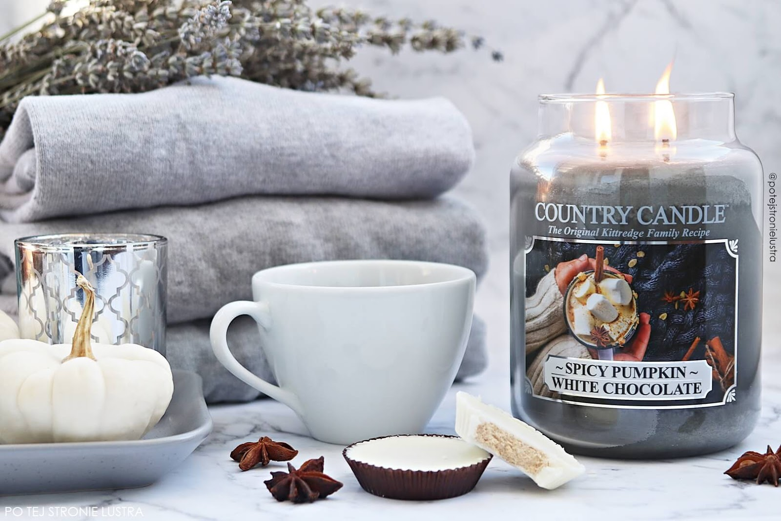 Country Candle Spicy Pumpkin White chocolate blog recenzja