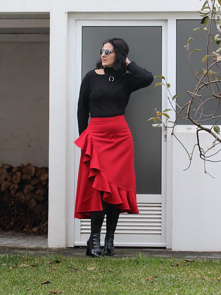6a0703e6e57 Tany et La Mode  Wearing self-made DP Studio Le406a  Red Long ...