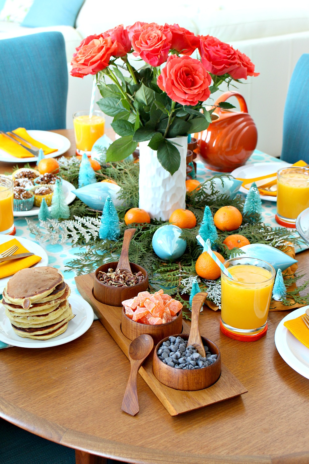 Holiday Brunch Tablescape