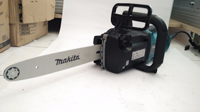 Mesin Gergaji Chainsaw Makita