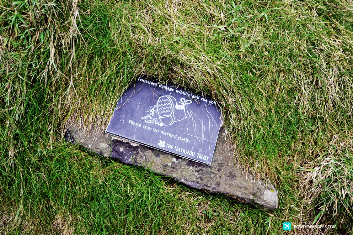bowdywanders.com Singapore Travel Blog Philippines Photo :: Northern Ireland :: Carrick-a-Rede, Northern Ireland: What It's Like To Be On A Volcanic Plug
