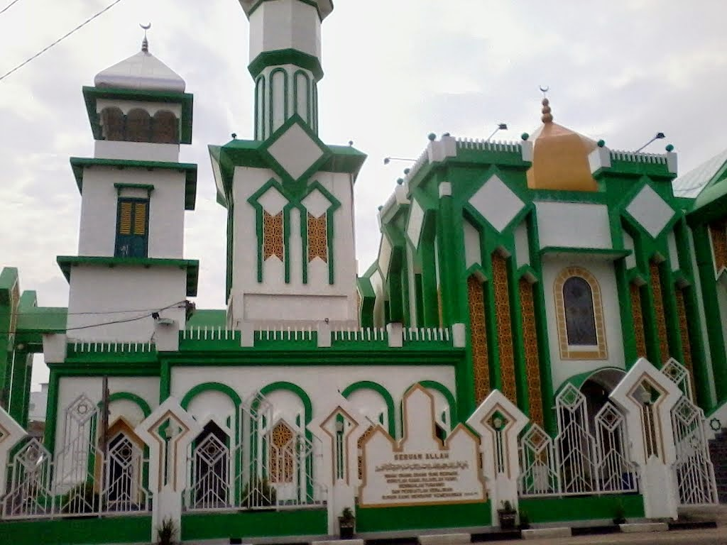 photo masjid raya singkawang tampak asli