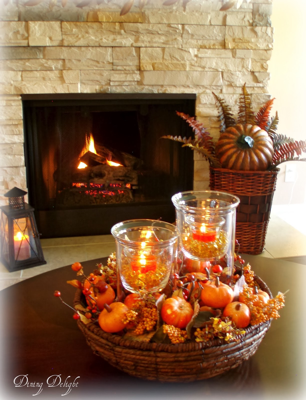 Dining delight fall coffee table centerpiece for Centerpieces for wood dining table