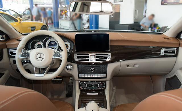 Nội thất Mercedes CLS 500 4MATIC thiết kế sang trọng thể thao mạnh mẽ
