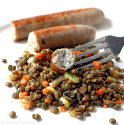 Linsensalat mit Würstchen - Alb-Leisa-Salat mit Bratwurst Thüringer Art.