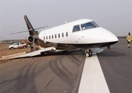 Terrible Air Mishap Averted As Plane Tyres Refuse To Eject In PH Airport While Landing.