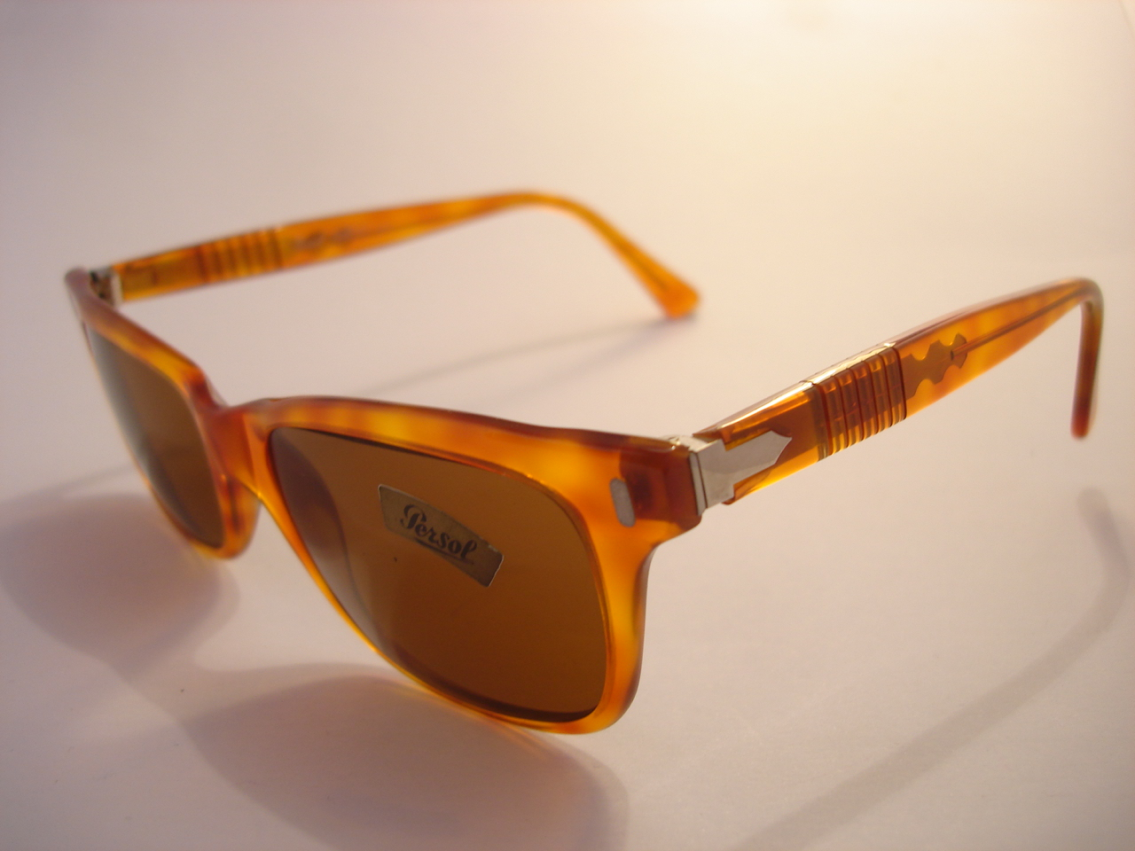 3722965457c theothersideofthepillow  vintage PERSOL by RATTI 9271 black   tortoiseshell  sunglasses MADE IN .