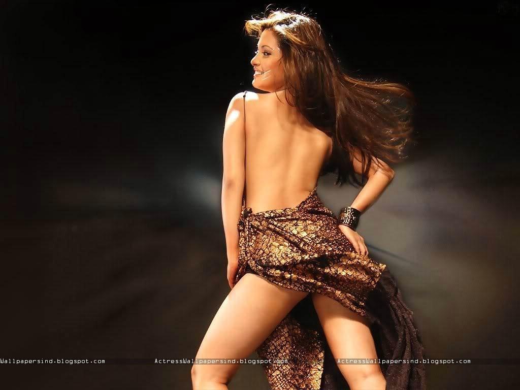 riya sen hot nude pics