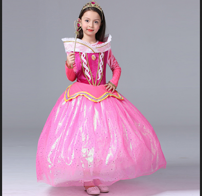 Gaun Princess Aurora