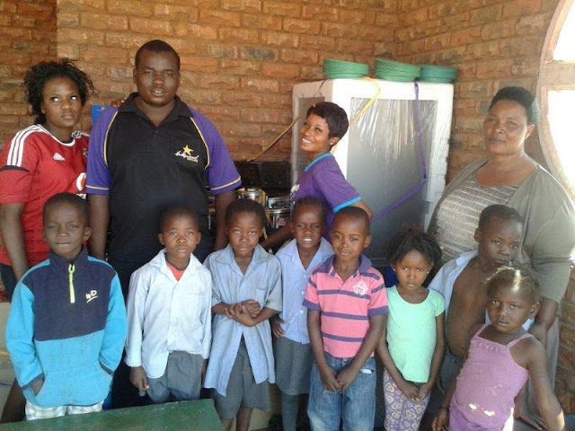 Hollywoodbets Musina with children from the Messina Home-Based Care - Social Responsibility - CSI