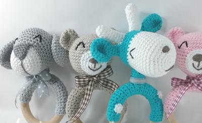 Patrones de sonajero tejido a crochet