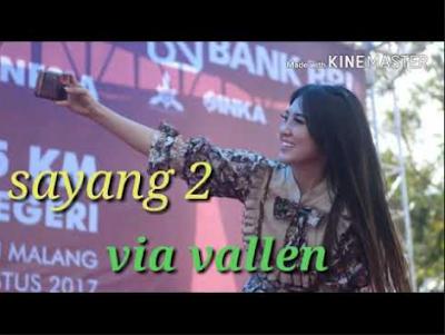 Lagu yang paling terbaru admin berikan kali ini milik Via Vallen yang berjudul Sayang  Lagu Sayang 2 Via Vallen Mp3 Download Terbaru