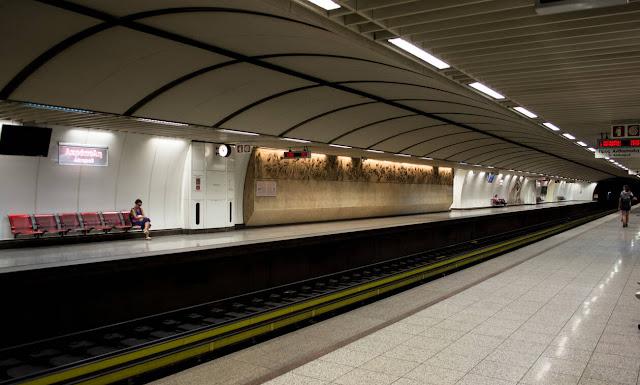 Το «κόλπο» που έχουν σκαρφιστεί για να μην πληρώνουν εισιτήριο στο Μετρό
