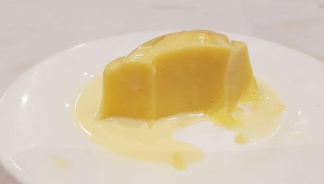 Shark Fin Inn, mango pudding