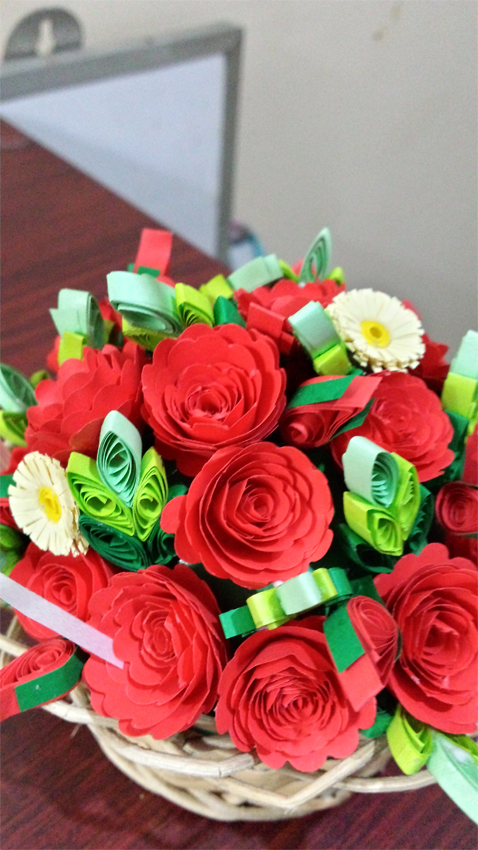 How To Make A Quilling Flower Basket : Paper quilling by sheri flower basket with d roses and