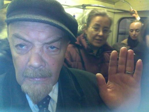 Пьяный Ленин в метро