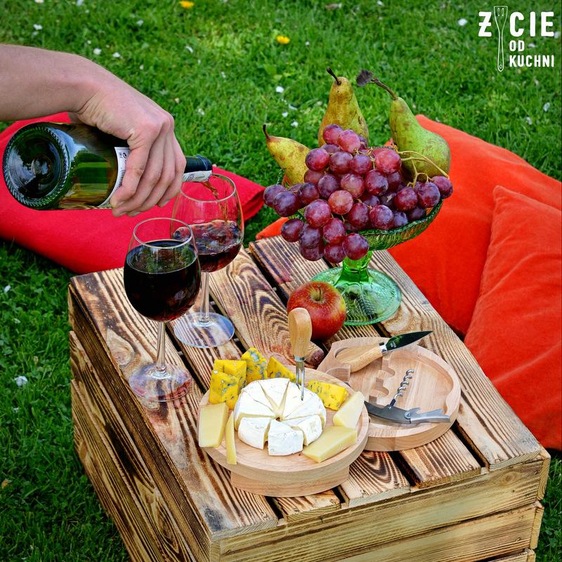 deska do serów, salatka do grilla, majowka, przyjecie w ogrodzie, salatka owocowa, salatka z gruszka, salatka z awokado, my gift dna, zycie od kuchni