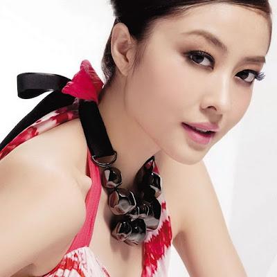 Lynn Hung Pemeran Istri Guru Ip