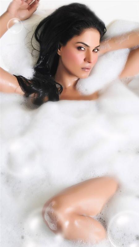 Veena Malik Photo 7