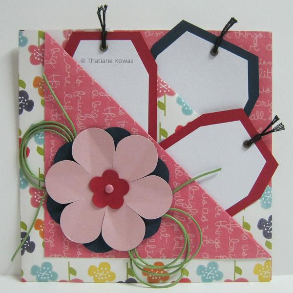 cartão com flores e tags scrapbook