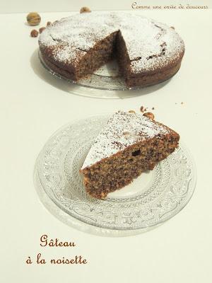 http://commeuneenviededouceurs.blogspot.fr/2016/02/gateau-aux-noisettes-hazelnut-cake.html