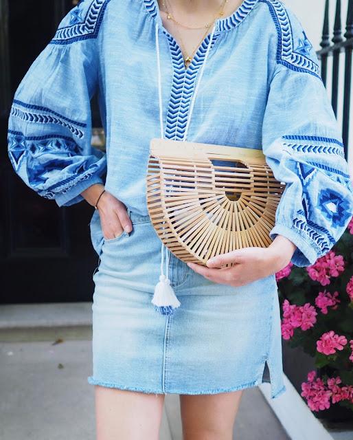 peasant blouse, cult Gaia bag