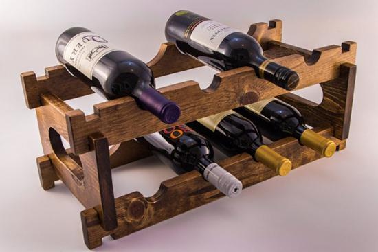 desain rak botol dari palet bekas