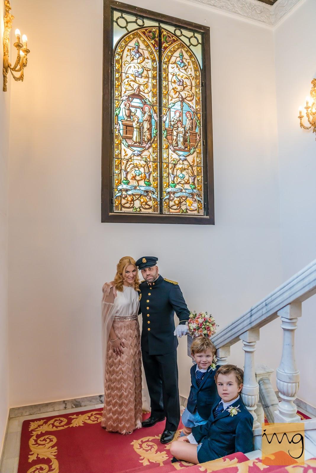 Fotografía de boda. Escalinata del palacio del Carmen de los Mártires.