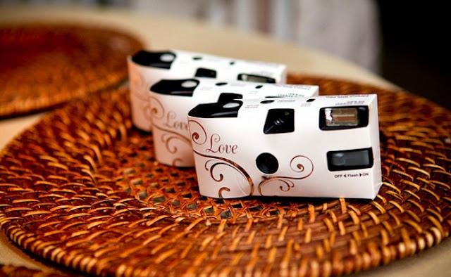 6-Top-cinco-de-lembrancinhas-criativas-para-casamento-top-1-cameras-descartaveis