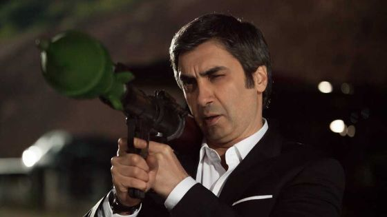 """بطل مسلسل """"وادي الذئاب"""" متهم بالضلوع في انقلاب تركيا الفاشل"""