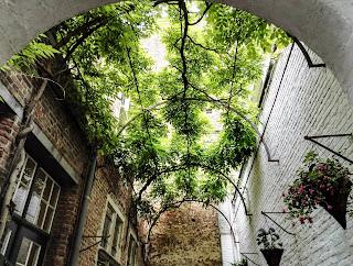 Vlaeykensgang-Antwerpen-Blog-Travelguide