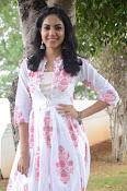 Ritu Varma dazzling in white n white-thumbnail-15