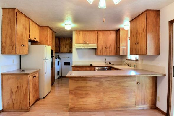 And here is what it looks like now (ignore that little wooden pull in the top left corner... thatu0027s the ceiling fan pull and that fan is next on the ... & Updated 1960u0027s Kitchen Reveal - Little Vintage Cottage