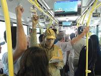 Metrobüste şaşırtan görüntü
