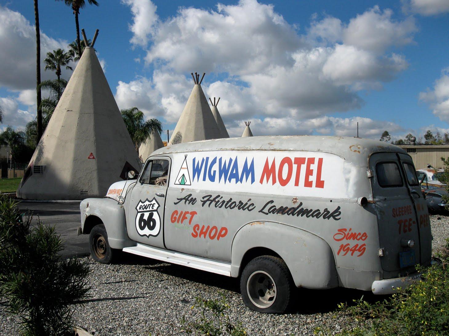 Wigwam Motel - 2720 West Foothill Boulevard, San Bernardino, California U.S.A.