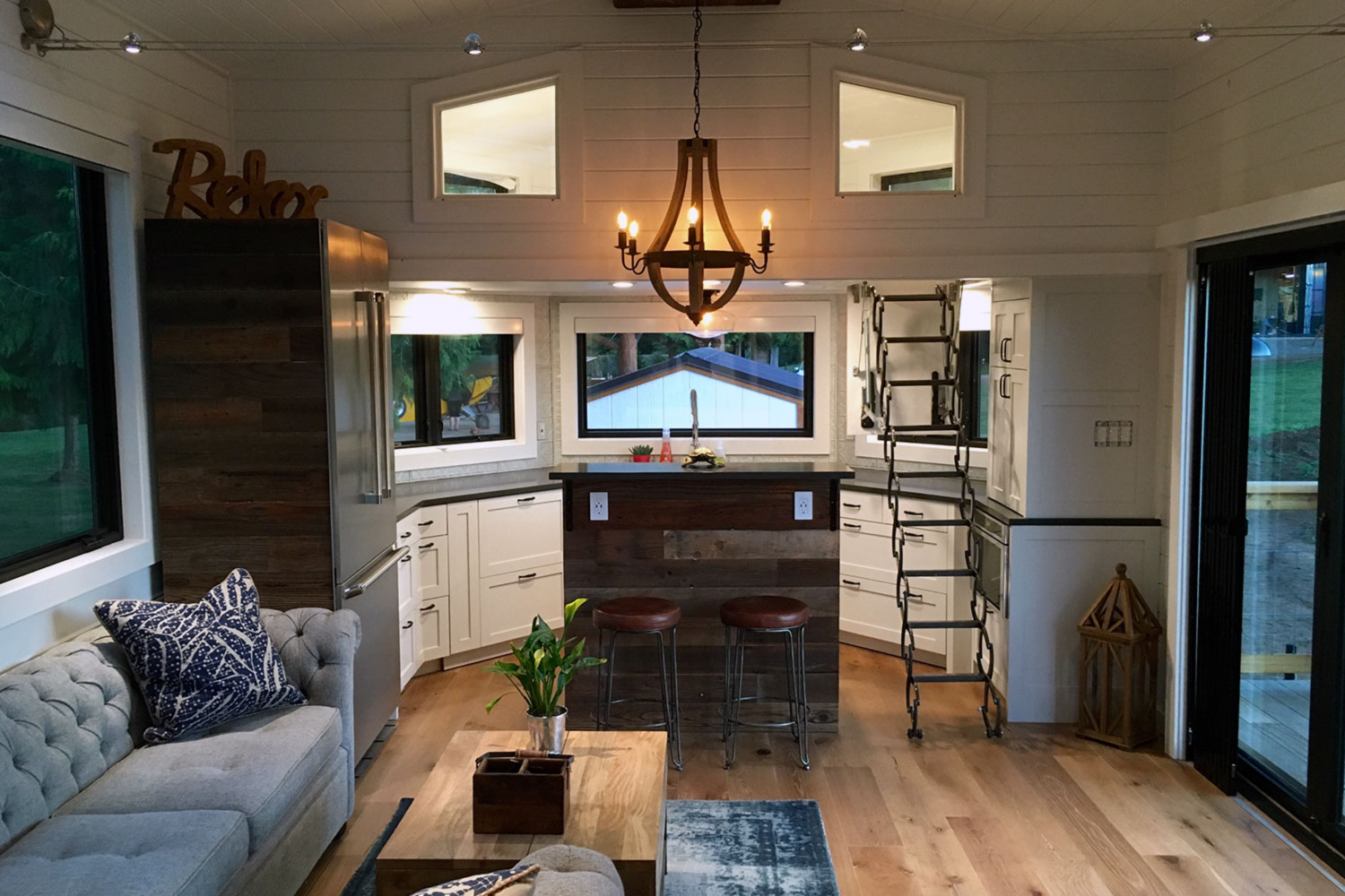 The Hawaii House By Tiny Heirloom TINY HOUSE TOWN