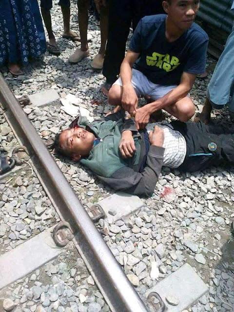 Korban yang ditabrak kereta api di Tanjungbalai.