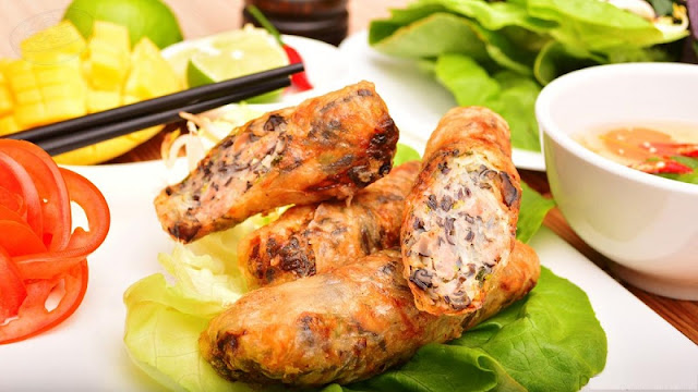 Vietnamese Traditional Fried Spring Rolls 2