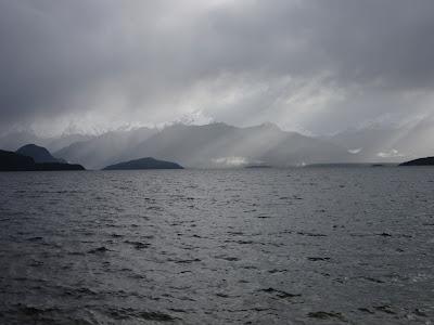Lago Manapouri. Parque Nacional Fiordland, Nueva Zelanda